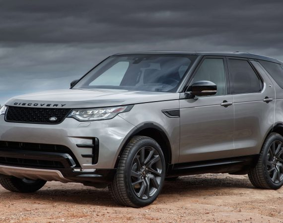 Future Land Rovers might let you watch 3D movies